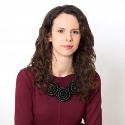 Profile picture of Iulia Sbârcea